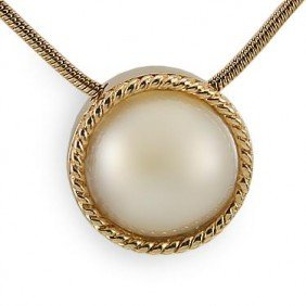 Genuine 12.5mm White Mobe Pearl Necklace