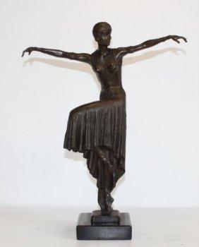 Beautiful Bronze Sculpture Flapper Art Deco