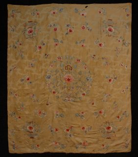 CHINESE EMBROIDERED TABLE COVER, EARLY 20th C. Yello