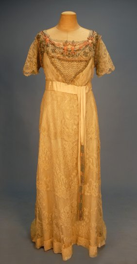 BEADED And TRAINED LACE GOWN, C. 1915. Cream Flora