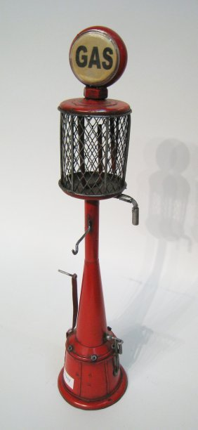 Model Gas Pump
