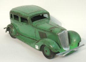 Toy Metal Early 20th Century Sedan