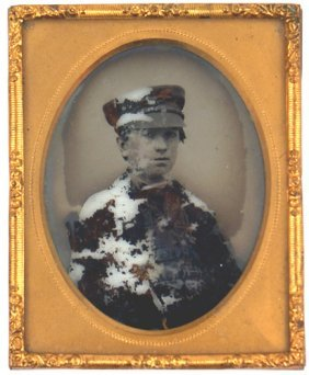 Civil War Ambrotype Photo Of Young Man