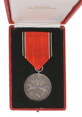 German Wwii Eagle Order Medal Of Merit