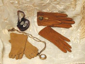 """TWO PAIR OF DOLL GLOVES. (1) 4"""" L. Soft, Light B"""