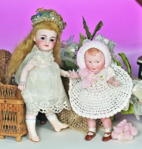 GERMAN ALL- BISQUE DOLL FOR THE FRENCH MARKET BY SI
