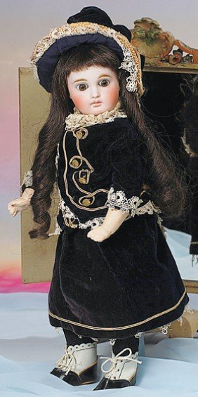 BELTON-TYPE BISQUE DOLL FOR THE FRENCH MARKET.  Mar