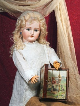 GERMAN BISQUE DOLL BY SIMON & HALBIG FOR C.M. BERGM