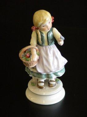 Goebel Lore 216 A Butterfly's Kiss, Figurine # 8/