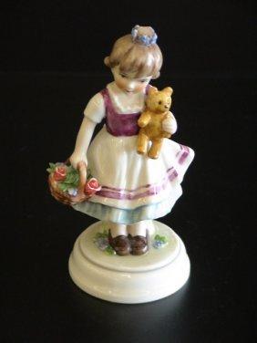 Goebel Lore 242 First Love, Figurine # 0/577, 5.5