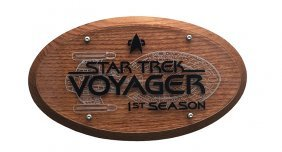 Star Trek: Voyager Season One Crew Plaque