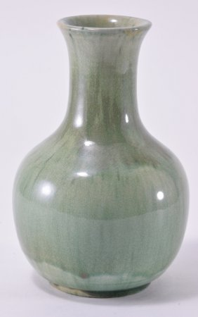 Green Drip Glaze Pottery Vase