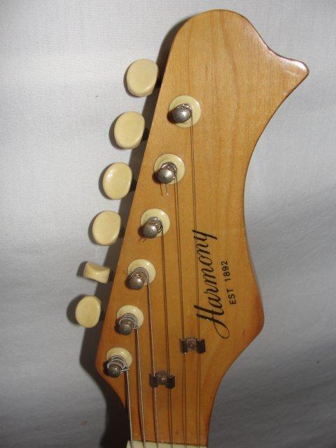 210g harmony model h 802 electric guitar sunburst lot 210g. Black Bedroom Furniture Sets. Home Design Ideas