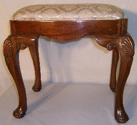 Shell Carved Cabriole Leg Queen Anne Stool.