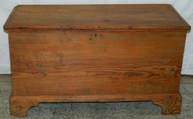 Nc Pine Blanket Chest W/old Blue Paint Traces.