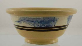Yelloware Mixing Bowl With Mocha Blue Seaweed