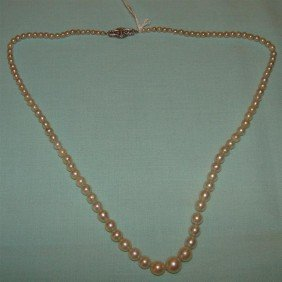 "Antique 18"" Graduated Pearl Necklace 14K Clas"