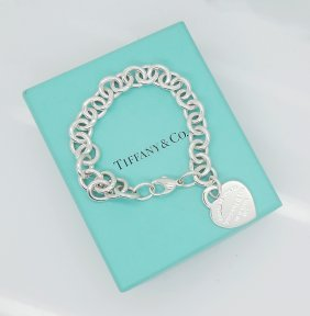 Tiffany & Co 925 Sterling Silver Heart Charm Bracelet