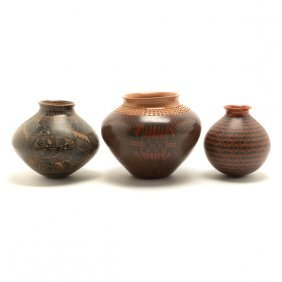 Mata Ortiz Olla By Juan Carlos Rodriguez And Two Other
