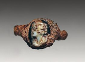 A Roman Finger Ring With Cameo