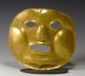 An Important Calima High Karat Gold Mask, 192.8g