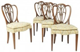 A SET OF FOUR MID CENTURY HEPPLEWHITE STYLE SIDE CH