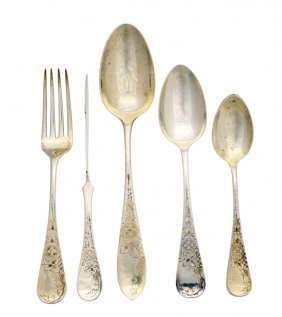 A 50 PIECE PARTIAL SET OF MIXED STERLING FLATWARE V