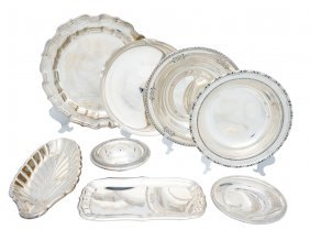 A LOT OF EIGHT STERLING SILVER SERVING BOWLS AND DI