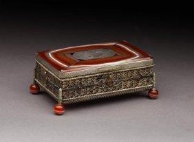 19TH CENTURY EUROPEAN SILVER GILT & AGATE BOX