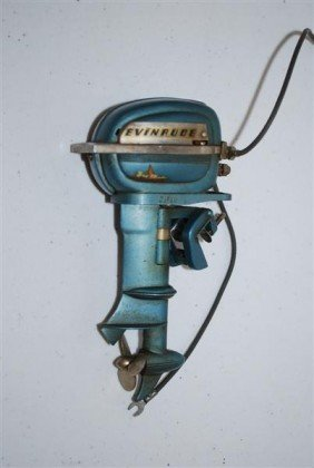 Evinrude Outboard Motor Japanese Made, Battery Oper