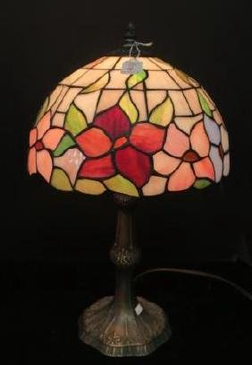 Cathedral Glass Floral Pattern Table Lamp: