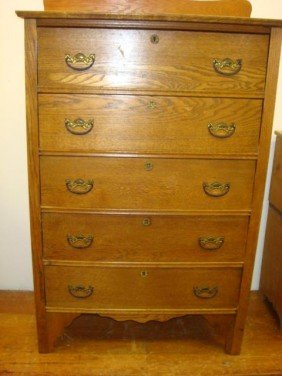 Five Drawer Oak Chest Of Drawers: