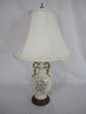 C80-18  PORCELAIN FLORAL TABLE LAMP