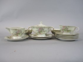 H25-6  HAVILLAND APPLE BLOSSOM CHINA