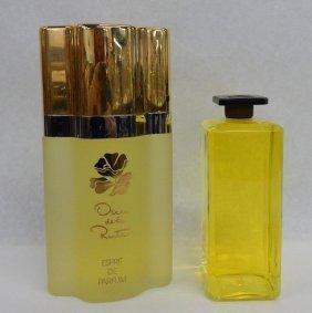 Oscar De La Renta & Lanvin Display Perfumes