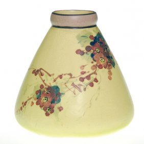 Weller White And Decorated 6� Floral Vase