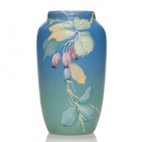 """Weller Hudson Vase, Pillsbury, Rose Hips, 6"""""""