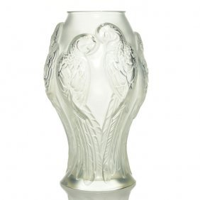 Lalique Parrot Vase, Frosted, 10 5/8€, Signed
