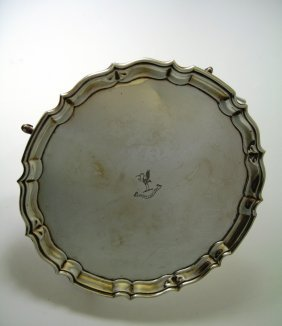 A George V Silver Salver, Barker Brothers Silver Ltd.,