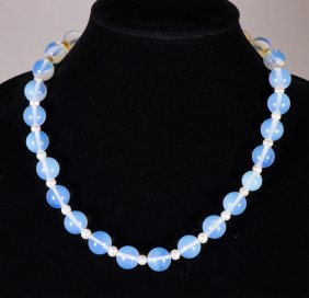 Chinese Clear White Agate Necklace