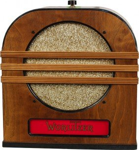 Wurlitzer Cathedral Style Light-Up Remote Jukebox