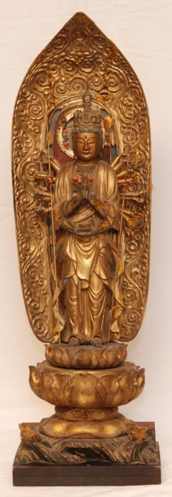 18th CENTURY JAPANESE CARVED GILTWOOD BODHISATTVA