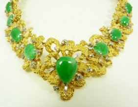 LADIES 14K YELLOW GOLD JADEITE & DIAMOND NECKLACE
