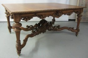 C1860 Walnut Victorian Center Table
