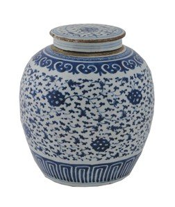 Early Eighteenth-century Chinese Blue And White Ginger