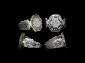 Islamic Ring With Niello Inlay