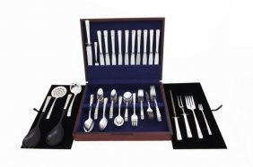 Canteen Of Nobility Silver Plated Cutlery Set