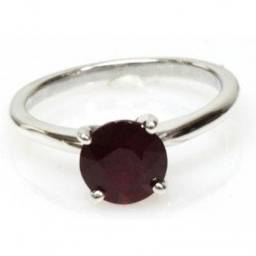Natural 1.5ctw Ruby .925 Sterling Silver Ring