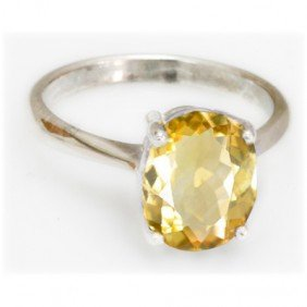 Natural 2.5 Ctw Citrine Oval .925 Sterling Silver Ring