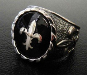 Polished Sterling Silver Coat Of Arms Symbol Ring